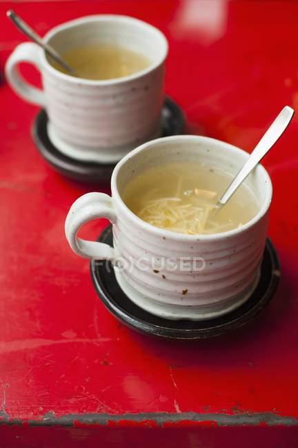 Yuzu thé dans les tasses — Photo de stock