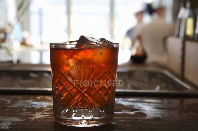Красный коктейль стекла — стоковое фото