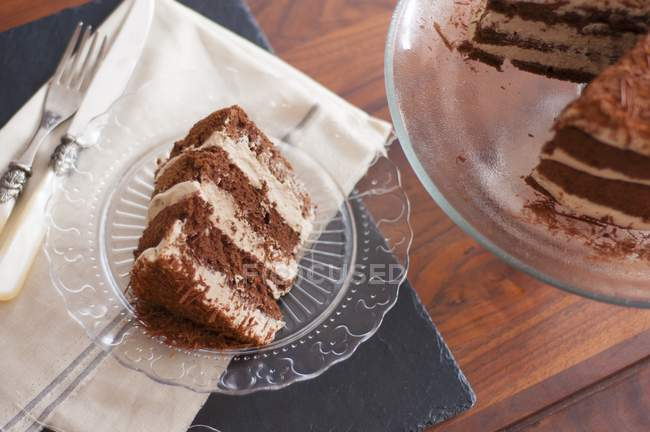 Mocha cake with grated chocolate — Stock Photo