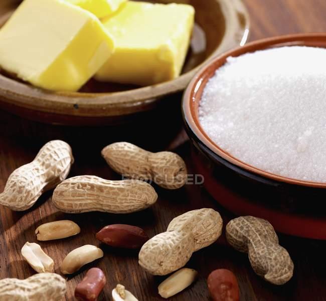 Інгредієнти для арахісове масло — стокове фото