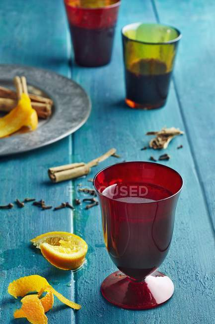 Glasses of spiced fruit tea — Stock Photo