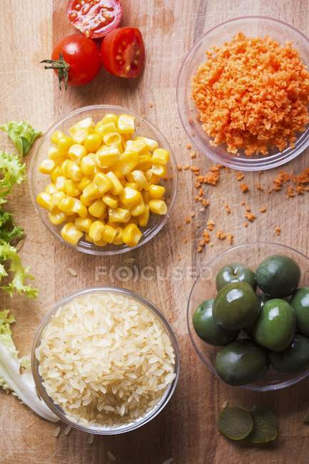 Ingredienti per insalata di riso — Foto stock