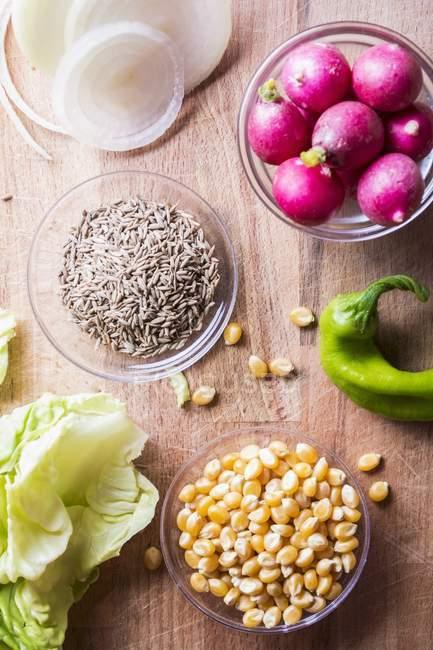 Ingredientes para salada com Truman — Fotografia de Stock