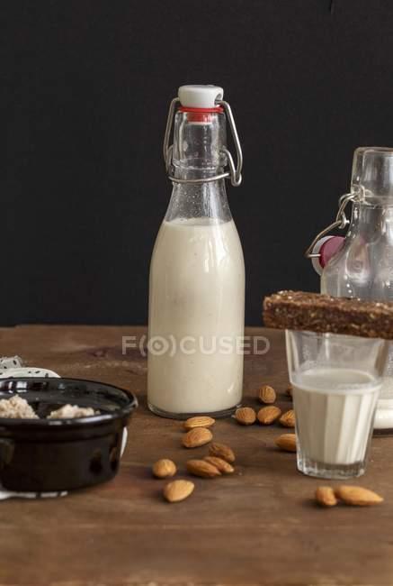 Homemade almond milk — Stock Photo