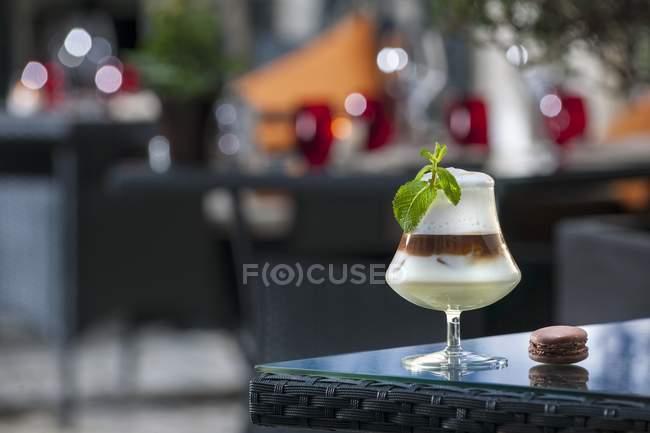 Cóctel de café irlandés - foto de stock