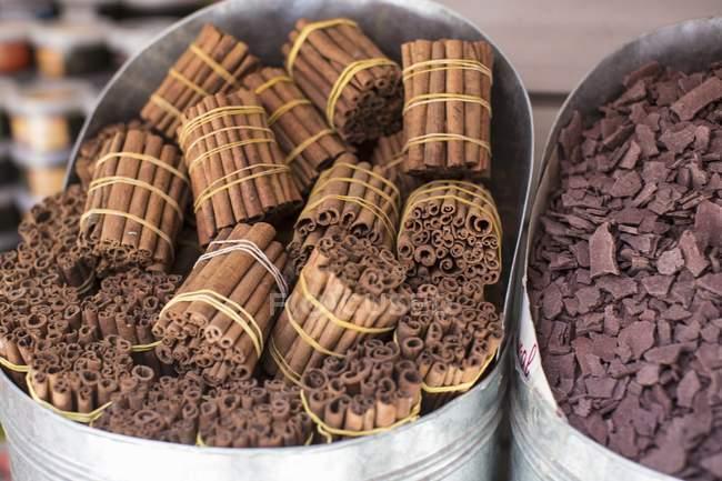 Cinnamon sticks at a market — Stock Photo