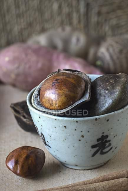 Jengkol frutta in una ciotola con — Foto stock