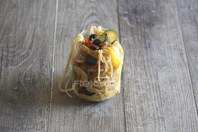 Spaghetti primavera pasta with vegetables — Stock Photo