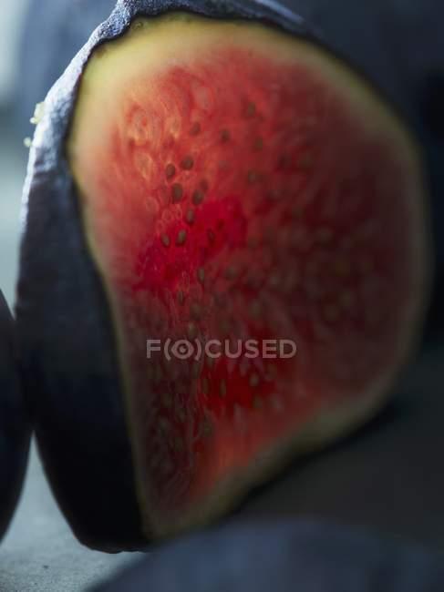 Scheibe von frischen roten Feigen — Stockfoto