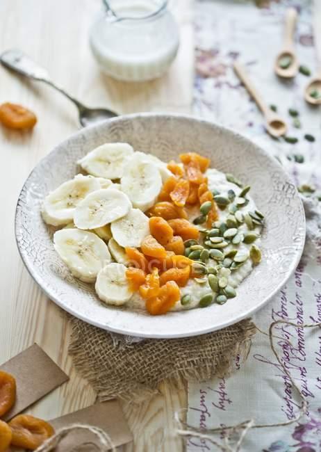 Flocons de millet de lait — Photo de stock