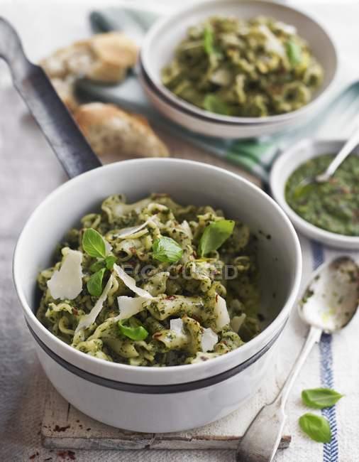Pappardelle pasta with basil pesto — Stock Photo