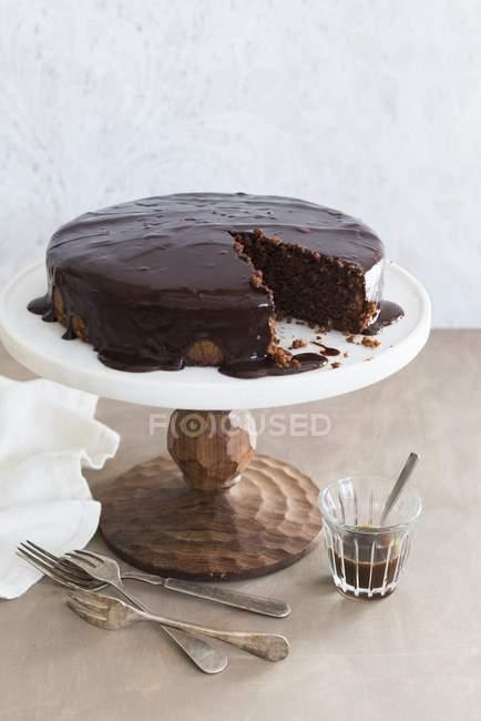 Шоколадный торт матовое — стоковое фото