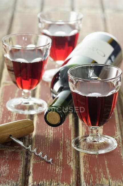 Очки красного вина — стоковое фото