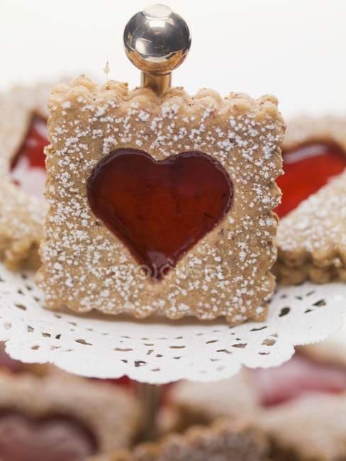 Confiture de biscuits avec le sucre à glacer — Photo de stock