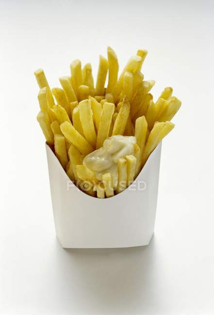 French fries with mayonnaise — Stock Photo