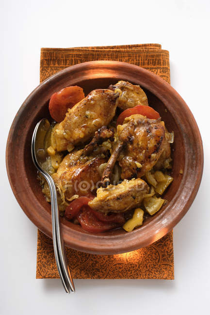Chicken tajine with tomatoes — Stock Photo
