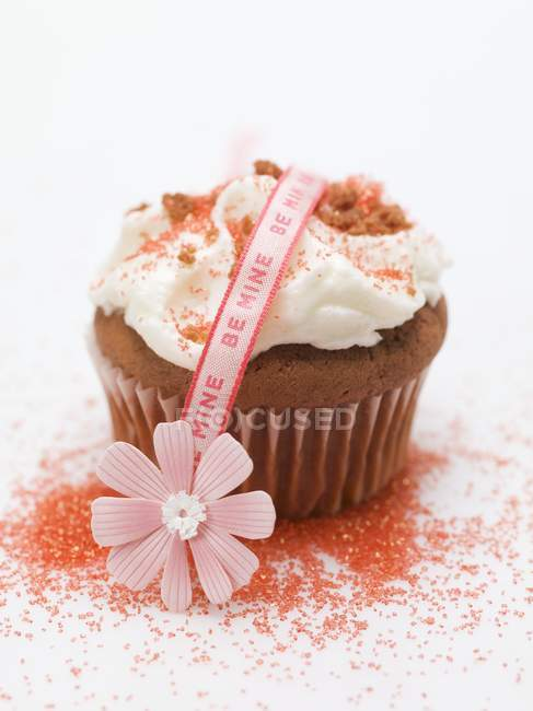 Cupcake for Valentine's Day — Stock Photo