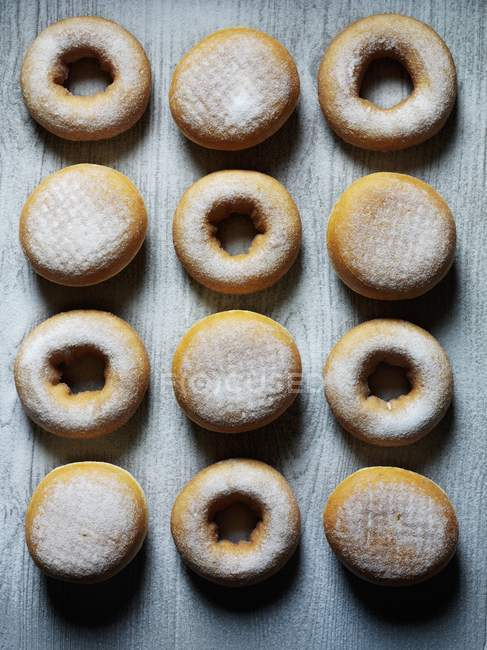 Ciambelle con zucchero a velo — Foto stock