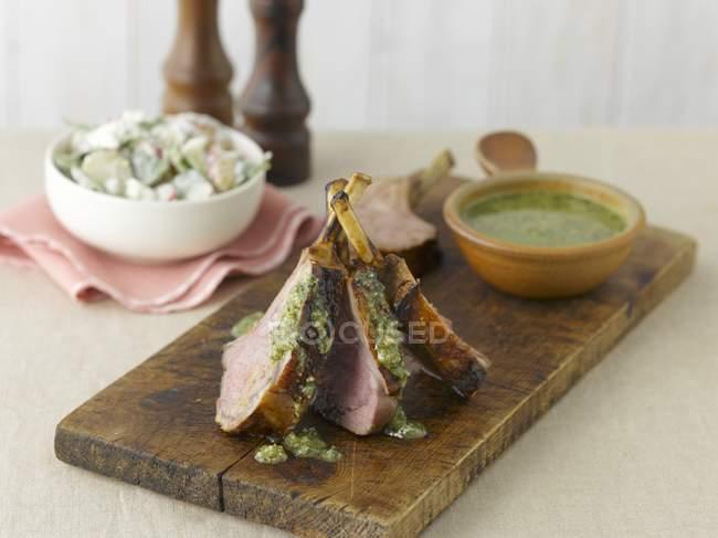 Lamb chops with pesto — Stock Photo