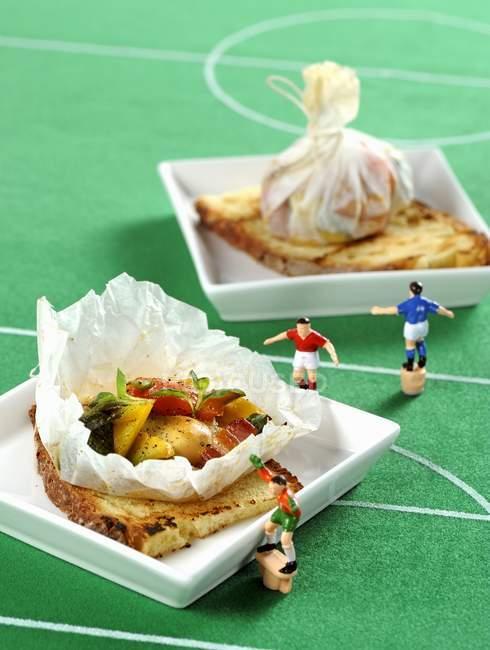 Грилі хліба для футболу — стокове фото