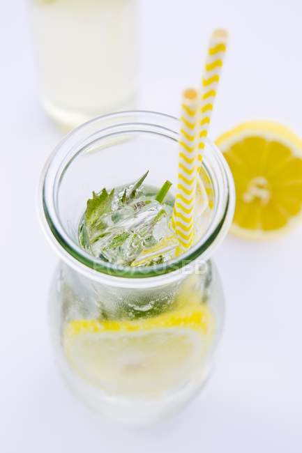 Fresh lemonade with peppermint — Stock Photo