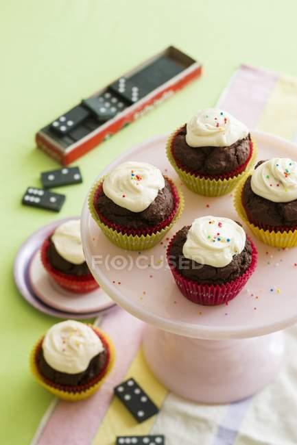 Шоколада и ванили кексы — стоковое фото