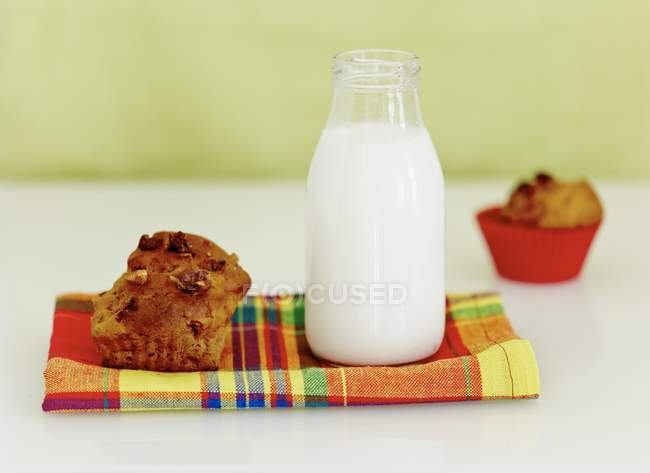 Muffin di banane e noci — Foto stock