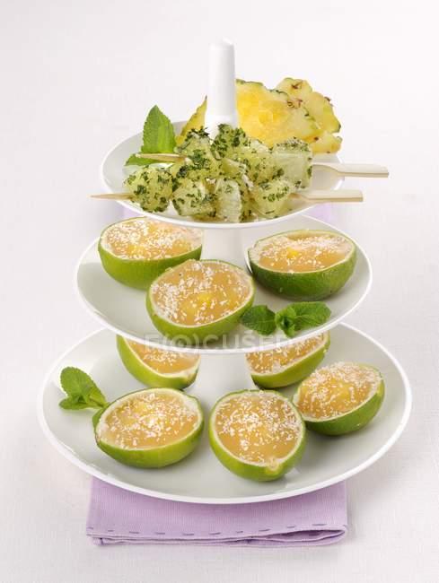 Creme de limão servido — Fotografia de Stock