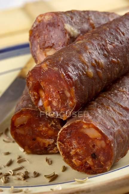 Пряный Итальянский колбасы — стоковое фото