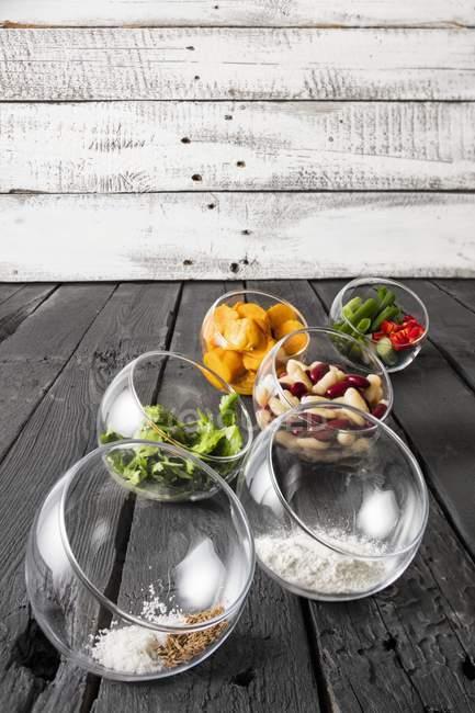 Ingredients for gluten-free veggie burgers — Stock Photo