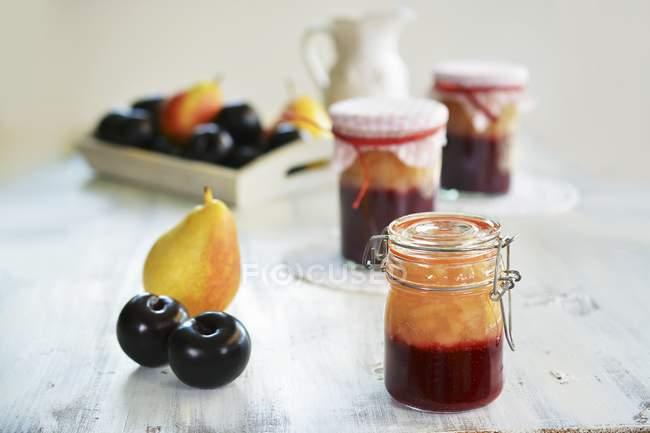 Marmellata di pere e prugne — Foto stock