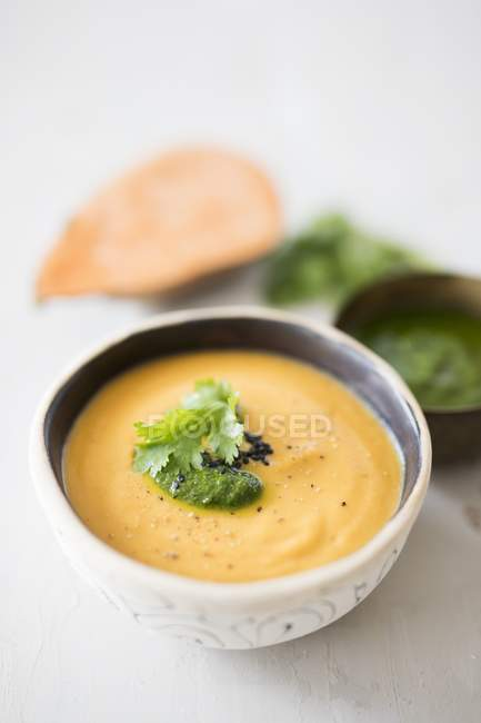 Vegan sweet potato soup — Stock Photo
