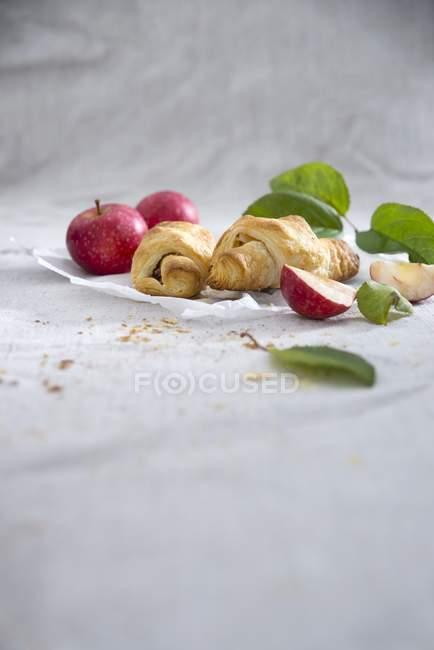 Cornetti di pasta sfoglia vegan — Foto stock