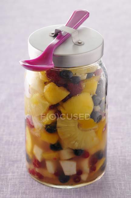 Vaso di insalata di frutta — Foto stock
