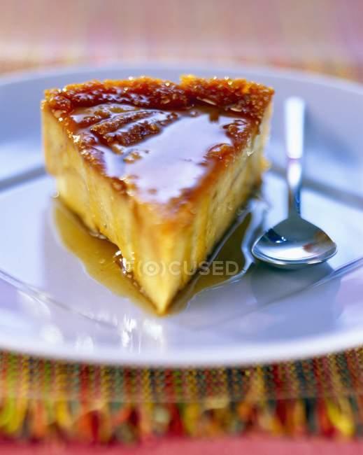Caramelo al horno flan - foto de stock