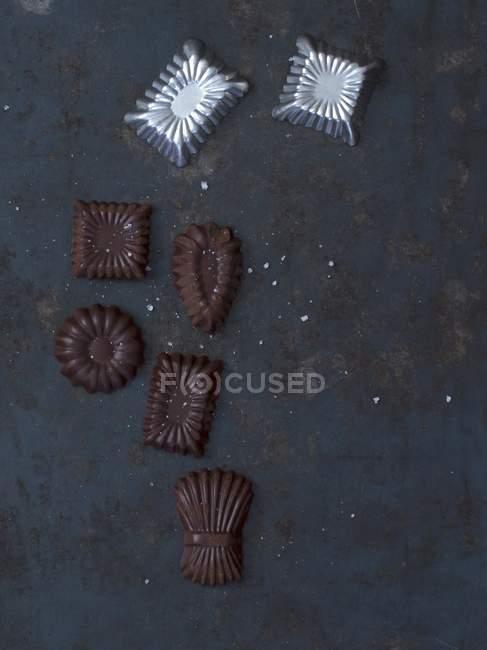 Bonbons au chocolat avec moules — Photo de stock