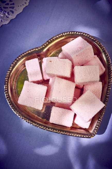 Pink Marshmallows on plate — Stock Photo