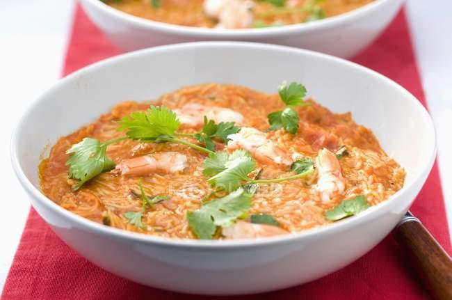 Soupe de chorba aux crevettes et nouilles — Photo de stock