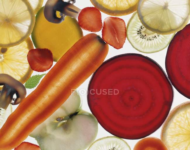 Тонко нарезанные овощи — стоковое фото
