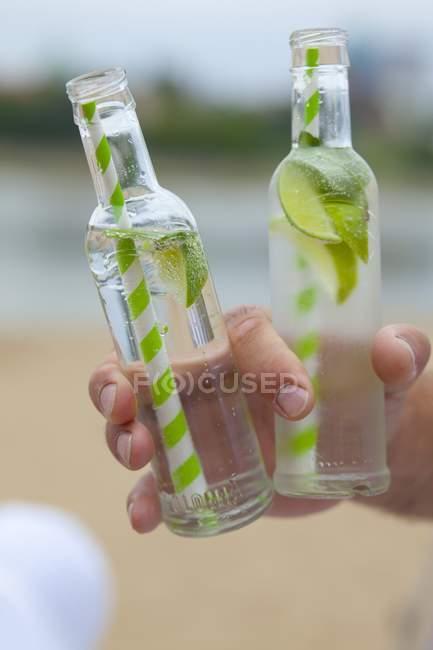 Virgin Mojito in bottiglie di vetro — Foto stock