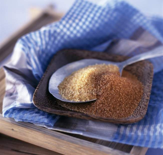 Brown and light brown sugar — Stock Photo