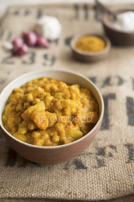 Kürbis und Kichererbsen curry — Stockfoto