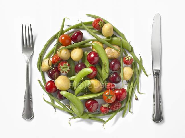 Plate-shaped composition — Stock Photo