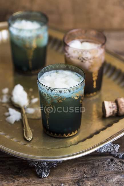 Cocktail mit Zitroneneis — Stockfoto