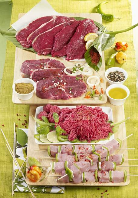 Selecção de carne crua — Fotografia de Stock