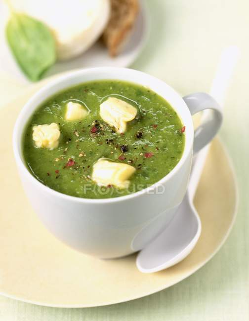 Zucchini soup with cheese — Stock Photo