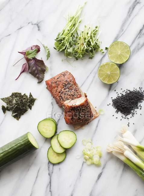 Інгредієнти для азіатських лосося блюдо — стокове фото