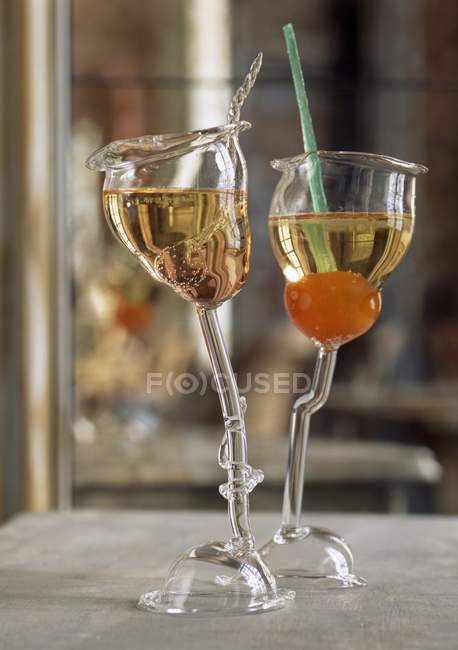 Wine cocktails in glasses — Stock Photo