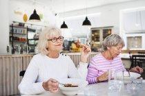 Frauen in Führungspositionen Essen — Stockfoto