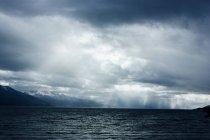 Идиллический вид море против неба. — стоковое фото